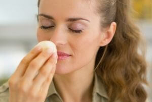 mindful eating how does food smell