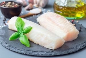 fish fillets for fish with tomato and basil sauce