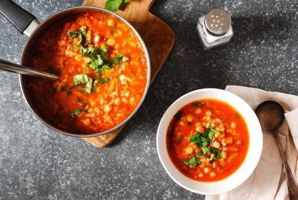 spicy chickpea tomato and quinoa soup
